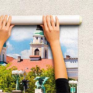 Клеить фотообои на стены или потолок своими руками